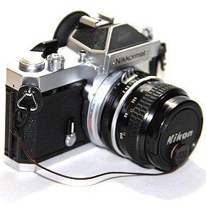 Câmera Analógica Nikon Nikkormat Ft3 com Lente Nikkor 50mm 2.0 Usada