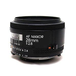 Lente Nikon NIKKOR 28mm f/2.8 AF Seminova