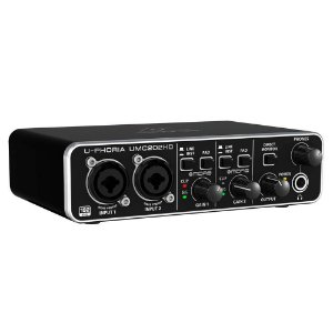 INTERFACE DE ÁUDIO BEHRINGER UMC202HD