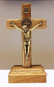 Crucifixo Madeira Mesa ou Parede (8,5cm) Com São Bento - OV