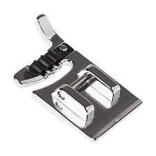 Calcador para costurar 3 linhas ou cordões - BROTHER SA110