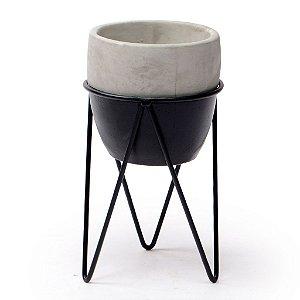 Vaso De Concreto Preto Com Base De Ferro