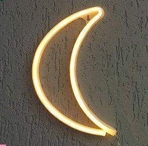 Luminária neon meia lua