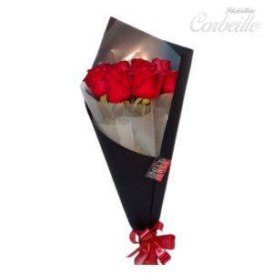 Buquê Black e Red com 7 rosas
