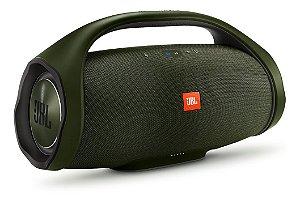 Caixa Bluetooth JBL Boombox 60W Green, P2, Estéreo, Bateria Recarregável de 20.000 mAh, Resistente à água, Autonomia para 24h, Conecte Mais de 100...