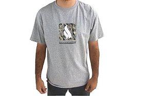 Camiseta Simple Skateboards Camuflada Box