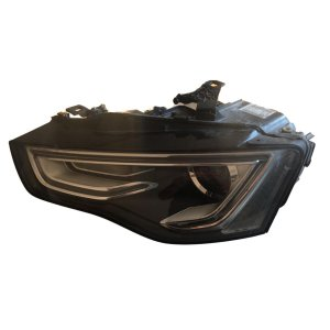 Farol p/ Lâmpada Esquerdo Audi A5CA A5CO RS5 8T0941043C