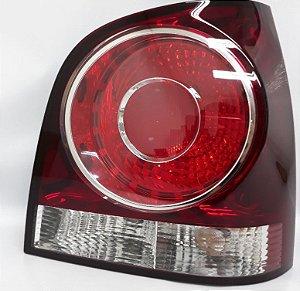 Lanterna Traseira direita Polo Hatch 07 A 12-6Q6945096AB