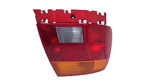 Lanterna Traseira Esq Audi A4 1995/1997 8D0945111A