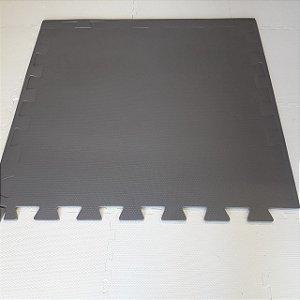 Tatame Cinza Escuro 1,04m X 1,06m X 10mm + 3 Bordas de Brinde
