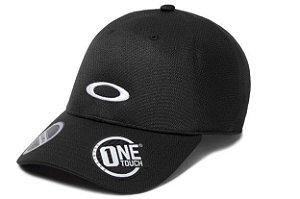BONÉ OAKLEY ABA CURVA TECH CAP PRETO 912030-02E