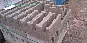 Bloco de Concreto 14x19x39 Tipo Canaleta