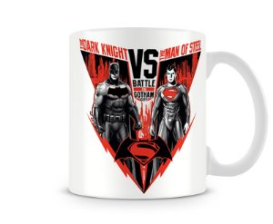 Caneca The Dark Knight vs The Man of Stell