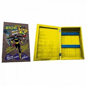 Porta chave cporta madeira DC Batgirl FD marrom 21 X 31 cm