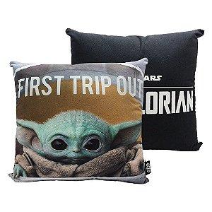 Almofada Formato Fibra Baby Yoda