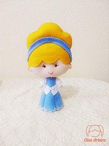 Boneca em Feltro Cinderela -15 cm