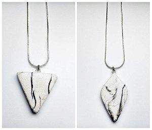 Pingente efeito marmorizado branco com preto