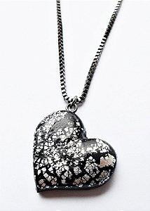 Colar coração com folha de prata