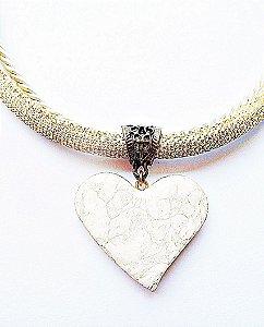 Gargantilha coração marmorizado