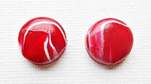 Brinco vermelho e branco