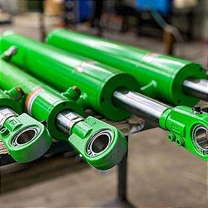 """Cilindro Hidráulico Agrícola Segundo Ponto Levante John Deere 5060 EN-5075 EF - Curso 3"""" x 135mm"""