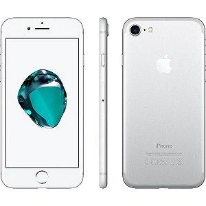 "iPhone 7 Apple 128GB Prata 4G Tela 4.7"" Retina Câmera 12MP + Selfie 7MP iOS 11 Proc. Chip A10"