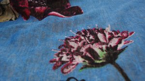 Tecido Devorê de Poliéster blue flower