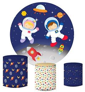 Kit Painel Redondo De Festa e Capas de Cilindro em tecido sublimado Astronautas Cute