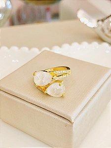 Anel TAM:22 Duas Gotas Brancas Cravejado Dourado