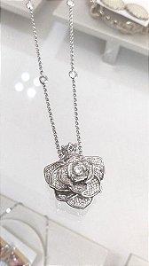 Colar Perfumeiro Roses
