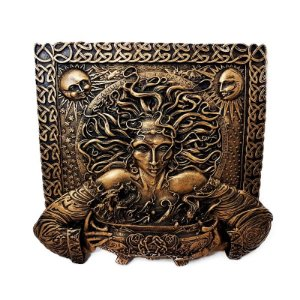 Placa em Relevo Deusa Cerridwen - Ouro Velho