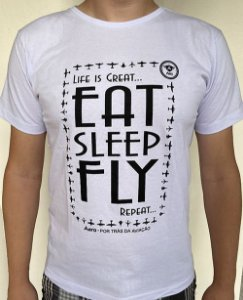 Camiseta manga curta com estampa EAT, SLEEP, FLY - Branca