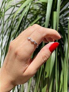 Anel Zigue Zague com diamantes Baguetes