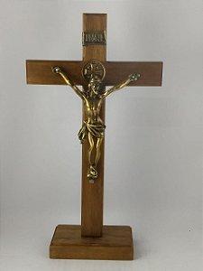 Crucifixo Madeira de Mesa Cruz de São Bento 32 Cm