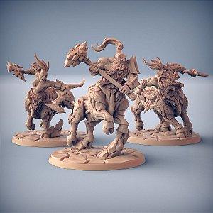Trio de Dumloktauros - Busca-Chamas de Dumlok - Miniatura Artisan Guild