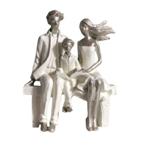 Escultura em Resina Família- R-08