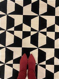 Tapete Simetria 30 - Bege e Preto