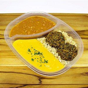 Hambúrguer de quinoa (vegano)
