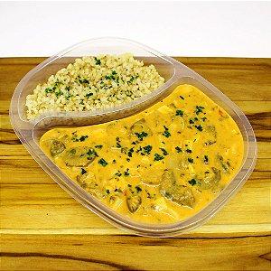 Estrogonofe de palmito com cogumelos (vegetariano)