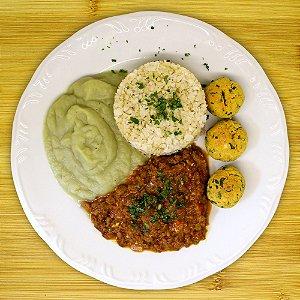Purê de batata-doce com bolinhos de ricota (vegetariano)