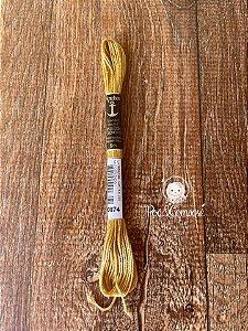 Meada Anchor Ouro Claro cor 874