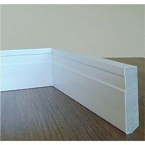 Kit Rodapé 12 barras  medindo 1,85 metros cada de Rodapé 90 x 15 mm em MDF Plus (verde)  revestido em Poliéster Branco  R$15,60 por metro