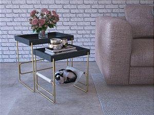 Conjunto de Mesas laterais em MDF com estrutura em arame maçico, acompanha espaço para o seu Pet