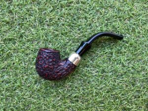 Cachimbo Peterson System Standard 317 Rustic Fishtail