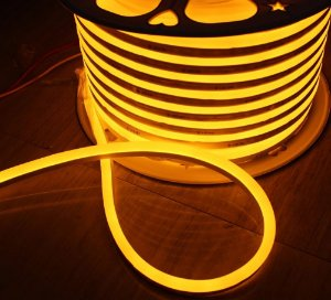 Mangueira led neon flex ambar 127v ip66 rolo 50m