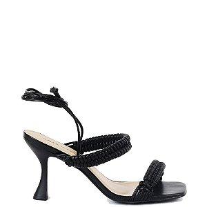Sandália salto médio fino tipo taça Cláudia Mourão Preto
