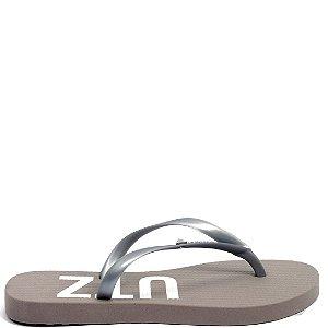 Chinelo Flip Flops Schutz (AV8328) Laminado Prata