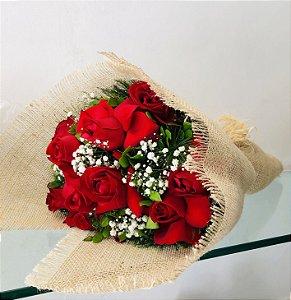 Buquê Rústico  10 Rosas