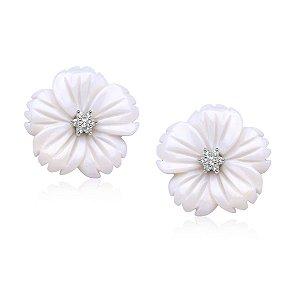 Brinco Flor Madrepérola Branca com Microzircônias Folheado Ródio