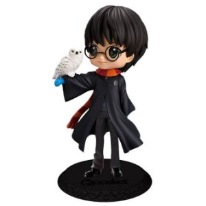 Q Posket Harry Potter with Hedwig